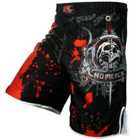 Dare To Fight shorts - Red